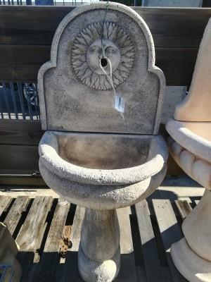 Fontana pietra antica 53x35x128 h